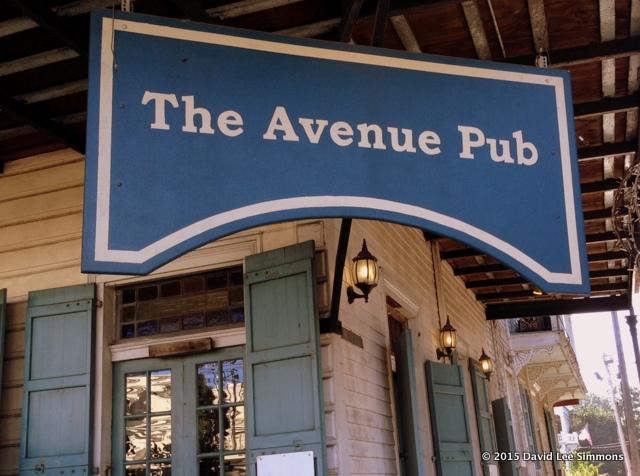 Avenue Pub 1